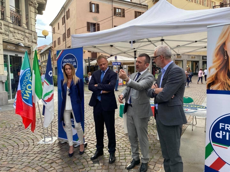 Incontro con i militanti di Fratelli d'Italia con il capogruppo di Fratelli d'Italia Francesco Lollobrigida